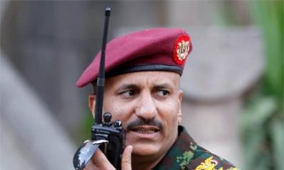طارق صالح يمهّد لبناء قوة ثالثة بين هادي والحوثيين