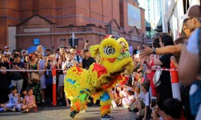 """""""الغزو الصامت"""": أستراليا دمية بيد الصين"""