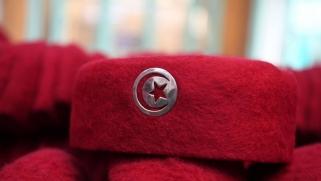 خلاف الشاهد ونجل السبسي يدخل تونس في مأزق سياسي