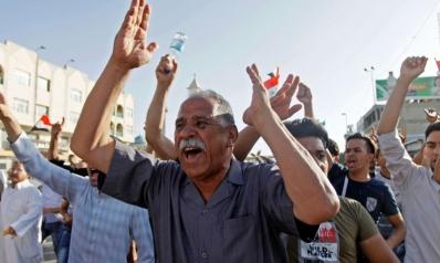 الاحتجاجات على أبواب المرجعية: سياسة إرضاء الجميع تصل إلى نهايتها