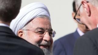 روحاني يستعين بلغة صدّام في محاولة لتعويم نفسه داخليا