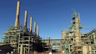 النفط يعاود التدفق من شرق ليبيا