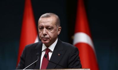 الأزمة الاقتصادية تحاصر اردوغان مع تهاوي الليرة التركية
