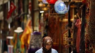 هل تفقد الأزمة الاقتصادية أردوغان ثقة أصحاب الأجور المتوسطة والمنخفضة