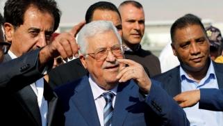 مصر تتحرك لتطويق نتائج تقاعد مفاجئ لأبومازن