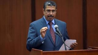 بحاح على رأس حكومة يمنية جديدة