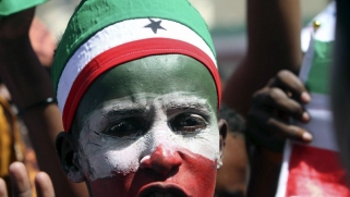 طموح روسي لبناء تواجد عسكري في القرن الأفريقي يصطدم بالنفوذ الإماراتي