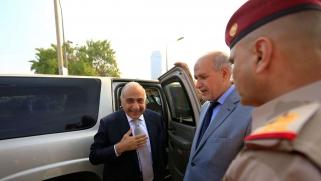 وزير الخزانة الأميركي يضغط على عادل عبدالمهدي بسبب إيران