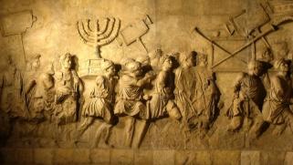 التاريخ ليس تدليسا وتزويرا أو سردية يفرضها المنتصرون
