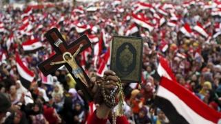مصر توسع نفوذ المؤسسات المدنية على حساب الأزهر والكنيسة