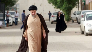 عودة الصدر من بيروت تكسر الجمود السياسي في العراق
