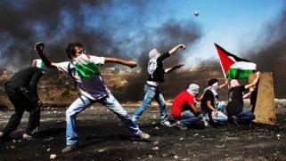 غزّة تتزيّن بصور الشهداء والمدن في مليونية العودة: هذه الأرض لنا