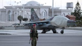 أزمة ثقة بين الأسد والكرملين بعد تعهده لإيران بإدارة ميناء اللاذقية
