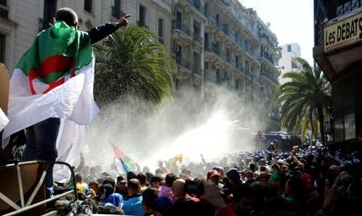 أحداث الجزائر في دائرة الاهتمامات الأميركية