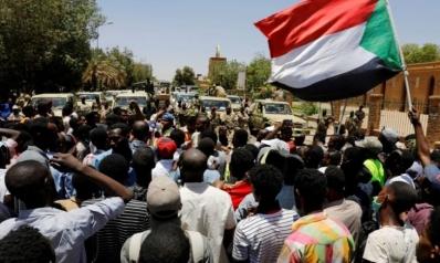 بعد البشير.. السودانيون يرجون نهضة اقتصادية