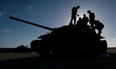 حفتر يطلب من قواته دخول طرابلس فجرا وبأي ثمن