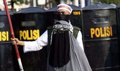 وباء الإسلام السياسي يأبى مغادرة جسد إندونيسيا