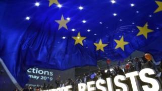 اليمين المتطرف يتقدم بثبات في الانتخابات الأوروبية