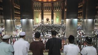 ما عدا ثلاث.. الاثنين أول رمضان في أغلب الدول الإسلامية