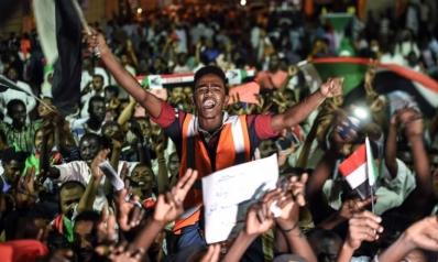 """هل انتهى """"شهر العسل"""" في سودان ما بعد البشير؟"""