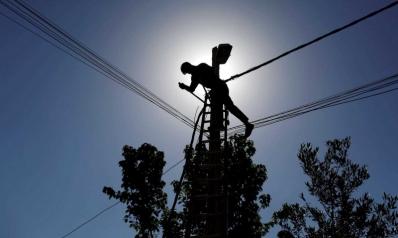 الصدر يدعو إلى قطع الكهرباء عن جميع المسؤولين العراقيين