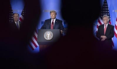 4 اجتماعات صقور وحمائم.. هكذا أدار ترامب أزمته مع إيران