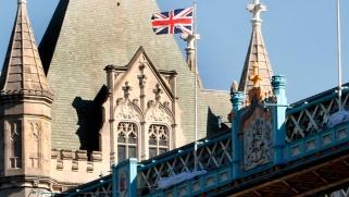 في بريطانيا.. العلمانية تتوسع والتدين يتراجع