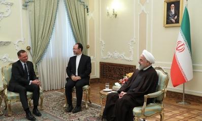 الصراع الداخلي الإيراني واستهداف الجهود الفرنسية