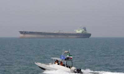 """تصعيد إيراني.. الحرس الثوري يحتجز """"ناقلة أجنبية"""""""