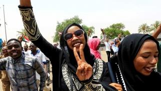 الحكومة السودانية الوليدة بين الآلام والآمال