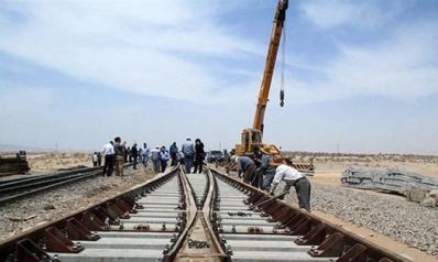 سكك حديدية بين إيران والعراق وإلغاء تأشيرة العراقيين خلال شهرين