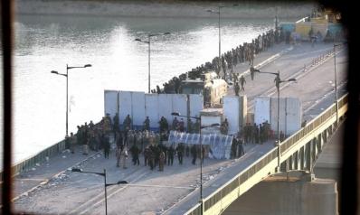 استمرار المظاهرات بالعراق رغم انتشار قوات مكافحة الإرهاب