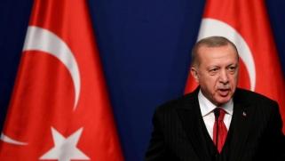 أردوغان يحصد مزيجا من النجاح والتحديات من حملته العسكرية في سوريا
