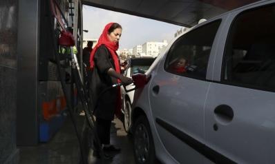 رفع أسعار الوقود يفجر غضب الايرانيين