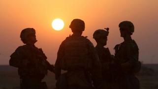 قوات أميركية تتحرك بحرية في غرب العراق مستثمرة تفاقم العداء لإيران