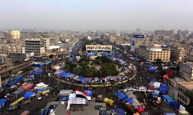 وسط استمرار التظاهر ومشهد سياسي معقد.. السيستاني يدعو لانتخابات برلمانية مبكرة بالعراق