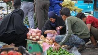 معركة العراق للابتعاد عن فلك إيران تصل للمنتجات الزراعية والحيوانية
