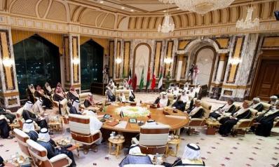 قمة خليجية في الرياض.. هل تصدق التفاؤلات بانتهاء الأزمة؟