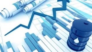رفع أسعار النفط المتوقعة في 2020 بدعم من اتفاق التجارة وتحركات «أوبك»
