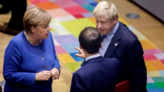 الوداع الأخير لا ينهي متاعب بريطانيا والاتحاد الأوروبي
