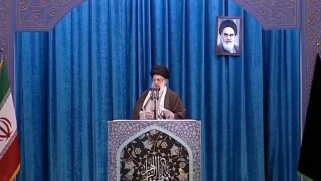 بأول خطبة جمعة يلقيها منذ 8 أعوام.. خامنئي: طهران وجهت صفعة لواشنطن