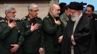 هل اتخذ القرار الدولي باحتواء خطر طهران؟