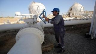 """العراق يلجأ لكوادر النفط المحلية بعد مغادرة """"بي.بي"""" لكركوك"""