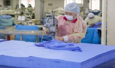 """الرابحون من """"كورونا""""…انتعاش شركات اللقاحات والذهب يزداد بريقاً"""