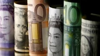 توقعات ومخاوف بحدوث أزمة جديدة.. ماذا تخبئ 2020 للاقتصاد العالمي؟