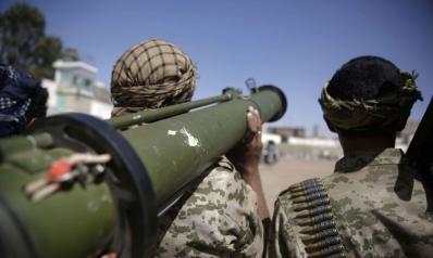 إيران تواصل انتهاك القوانين الدولية بتسليح الحوثيين