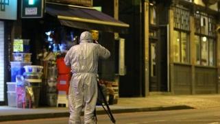 جونسون يتجه للتشدّد مع مرتكبي الجرائم الإرهابية بعد حادثة الطعن