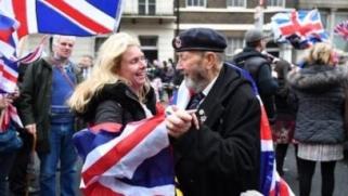 بريطانيا تخرج من أوروبا… إلى ماذا؟