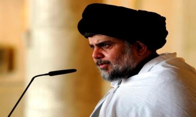 """الصدر يحلّ """"القبعات الزرق"""" ويلوح بالتبرؤ من حكومة علاوي"""