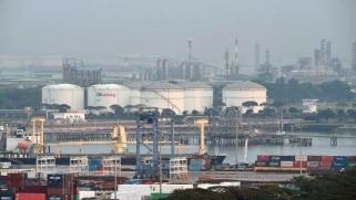 فيروس كورونا يهدد منتجي النفط في العالم بضربة مزدوجة